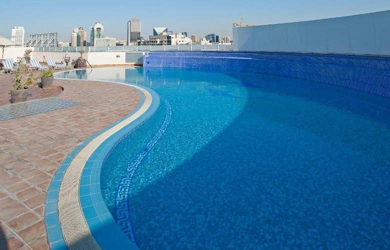 Holiday Inn Bur Dubai - Embassy District - Pool - 5
