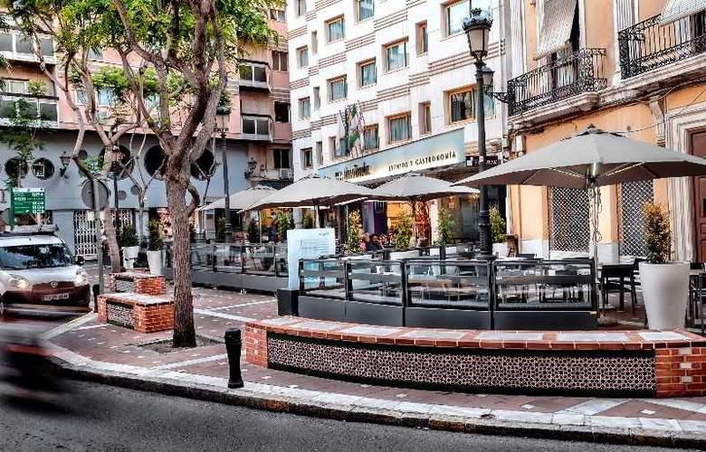 Torreluz Centro - Hotel - 9