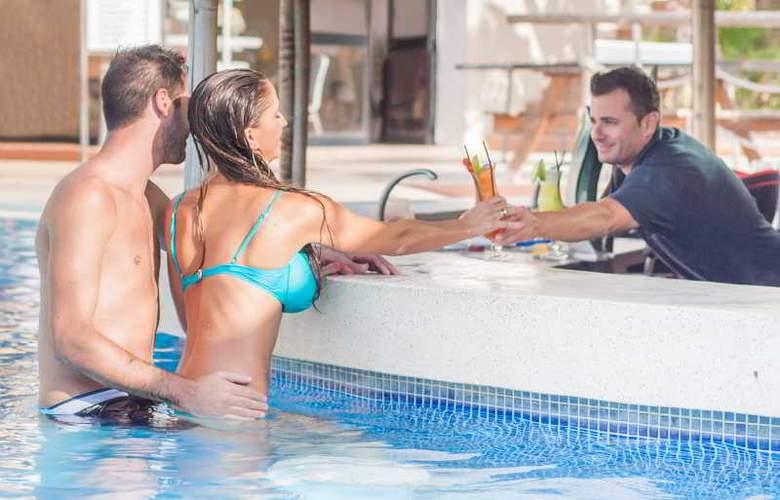 Dolmen Hotel Malta - Pool - 29