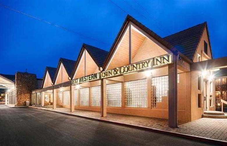Best Western Town & Country Inn - Hotel - 30