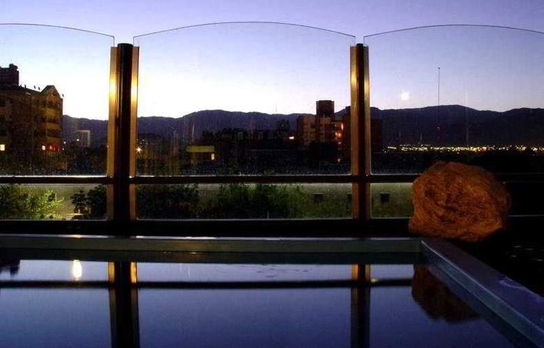 El Portal Suites - Pool - 3