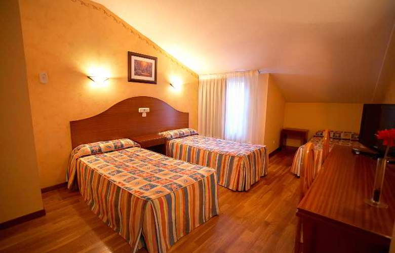 Sercotel Ciudad de Burgos - Room - 38