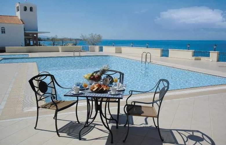 Euroxenia Messina Mare - Pool - 17