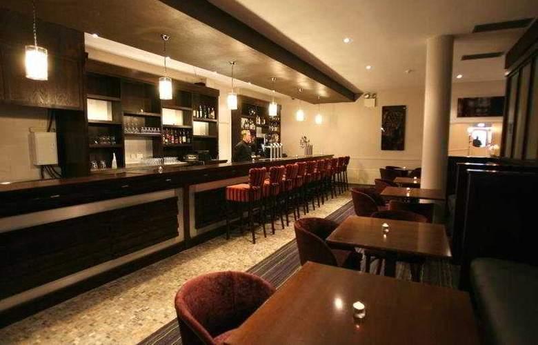 Armada Hotel - Bar - 4