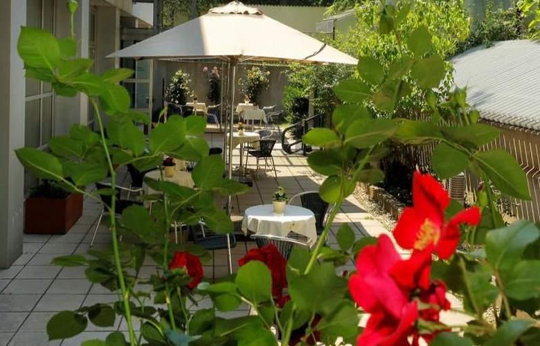 Hotel & Palais Strudlhof - Terrace - 7
