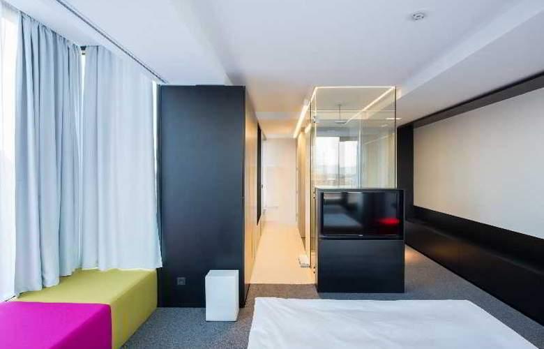 Privo - Room - 13