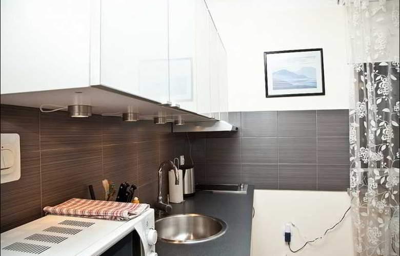 P&O Apartments Elektoralna - Room - 0