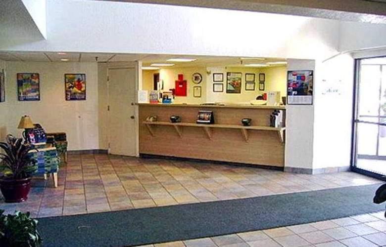 Motel 6 Albany - General - 1