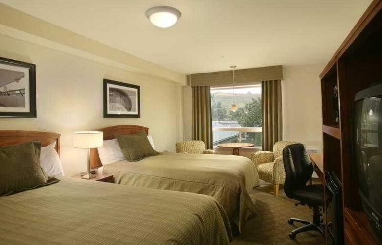 Sandman Calgary West - Room - 2