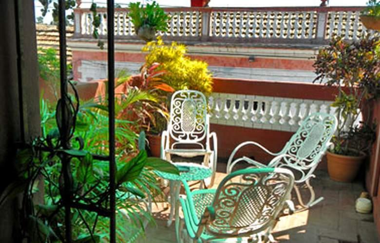 Hostal Ana Mari y Pablito - Terrace - 5