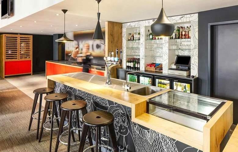 Ibis London Stratford - Bar - 1