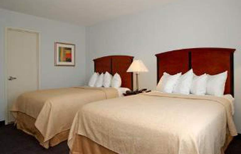 Lexington Inn - Brooklyn NY - Room - 4