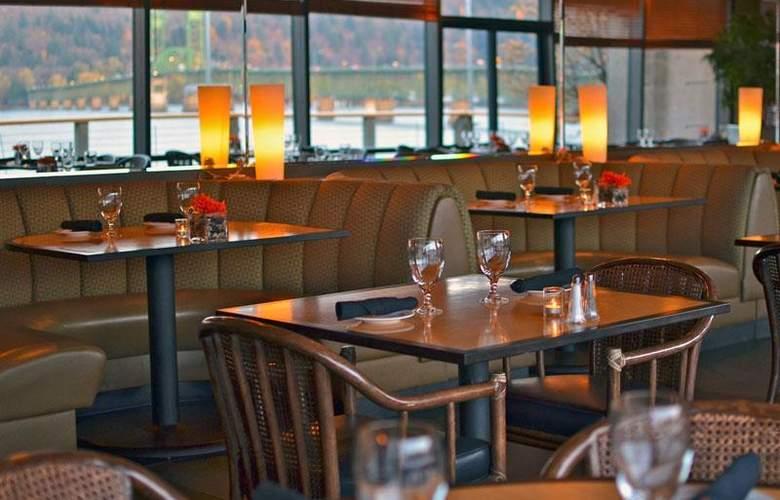 Best Western Plus Hood River Inn - Restaurant - 115
