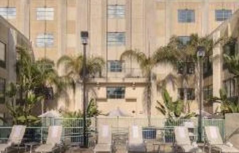 Hampton Inn San Diego-Downtown - Sport - 0