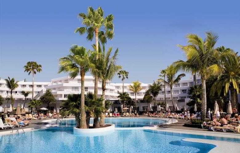 Riu Paraiso Lanzarote Resort - Pool - 7