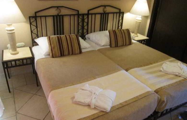 Sol Y Mar Ivory Suites - Room - 1