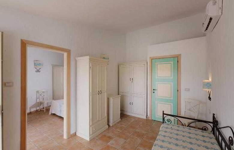 La Plage Noire Hotel & Resort - Room - 6