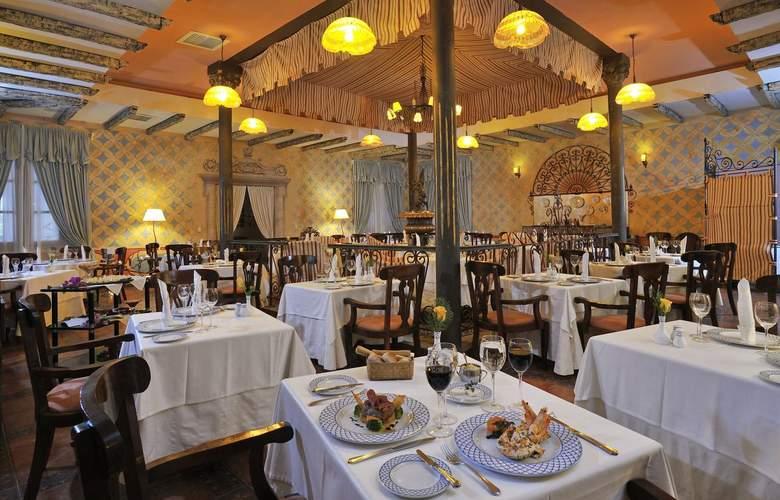 Paradisus Rio de Oro All Inclusive - Restaurant - 35