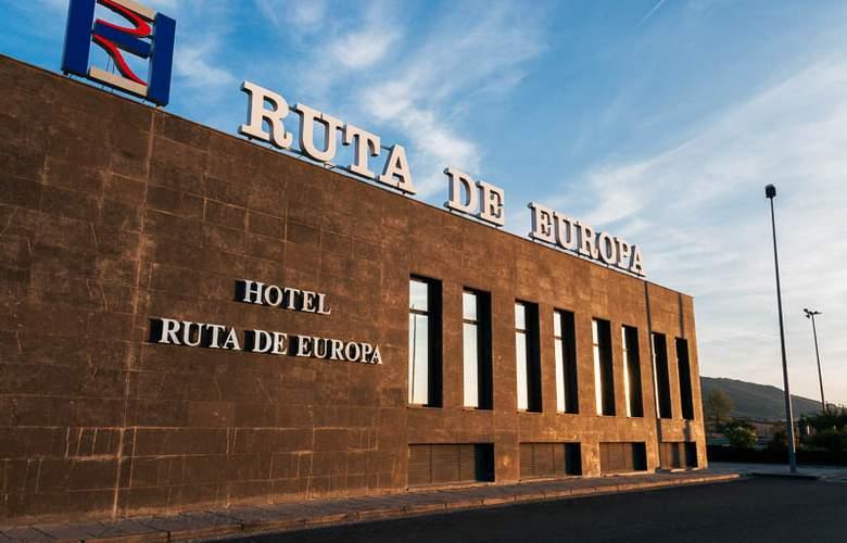 Ruta de Europa - Hotel - 0