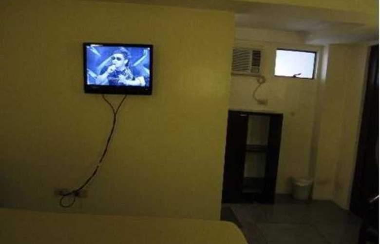 Toilena Room and Board - Room - 1