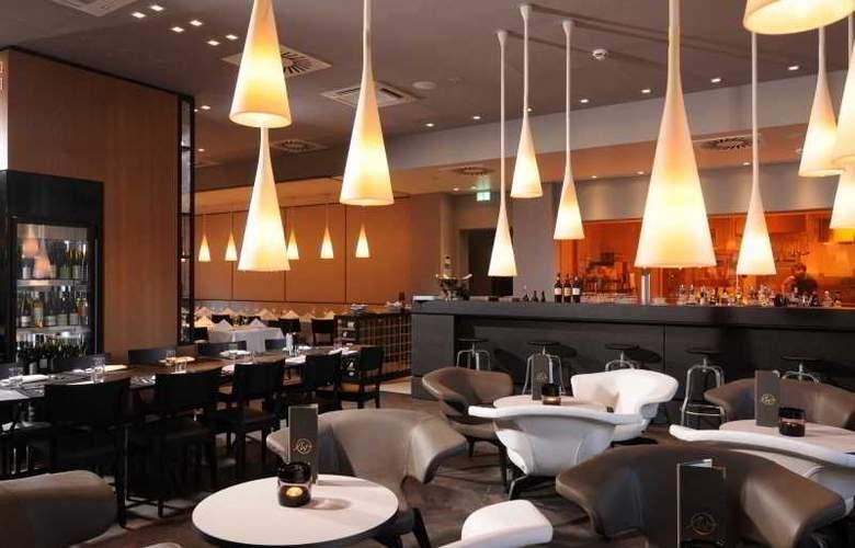 Indigo Berlin Alexanderplatz - Restaurant - 19
