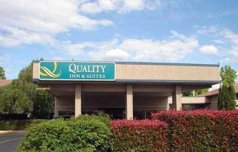 Quality Inn And Suites Airport - Hotel - 0