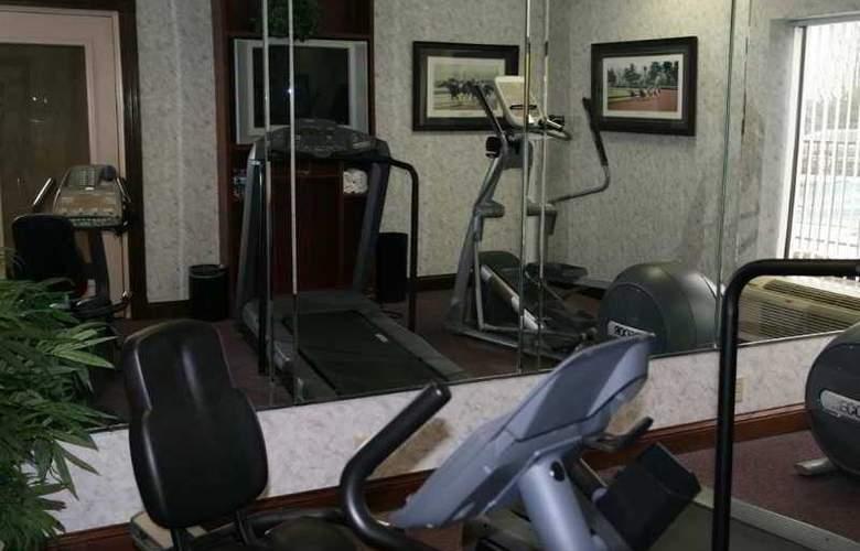 Hampton Inn Winchester - Sport - 7