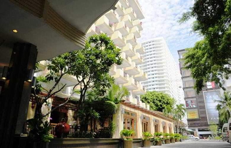 Golden Beach Pattaya - Hotel - 0