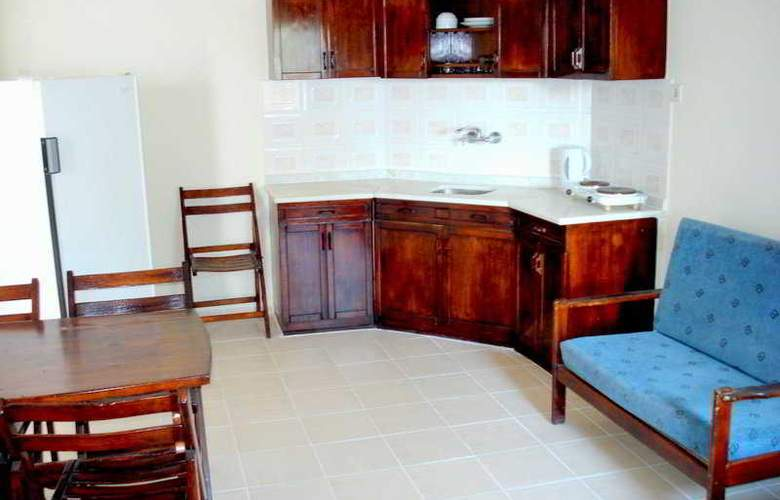 Central Apartments - Room - 5