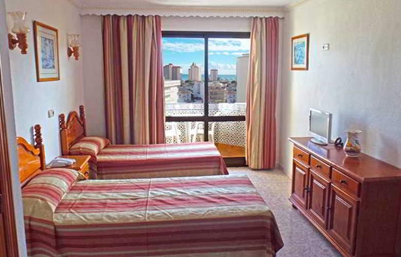 Hotel Apartamentos Veramar - Room - 9