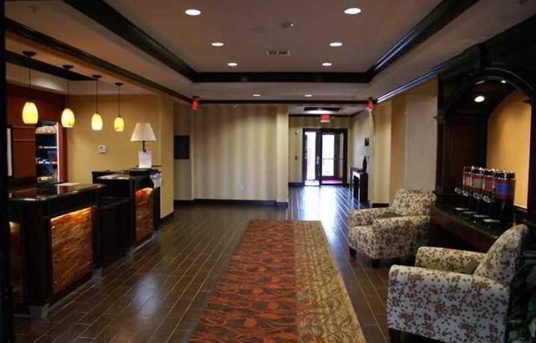 Hampton Inn & Suites Brenham - Hotel - 0