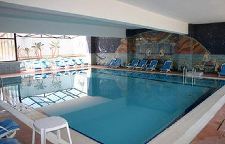 Esenboga Airport - Pool - 5