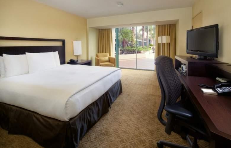 Hilton Anaheim - Room - 13