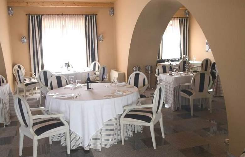 Hospes Palacio de Arenales - Restaurant - 21
