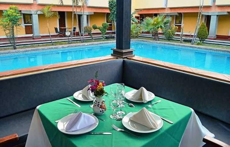 Villas Arqueologicas Cholula - Restaurant - 41