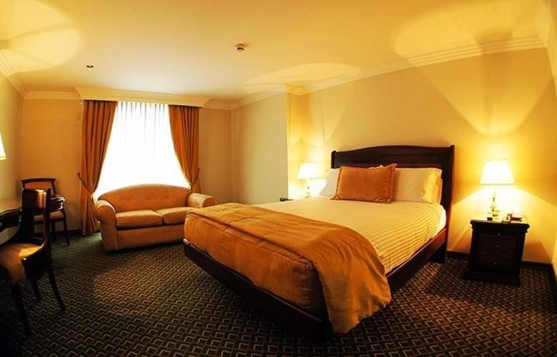 Hotel Embassy Park - Room - 15