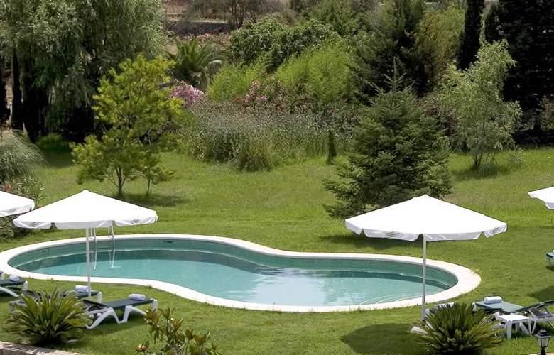 Dalt Muntanya - Pool - 13