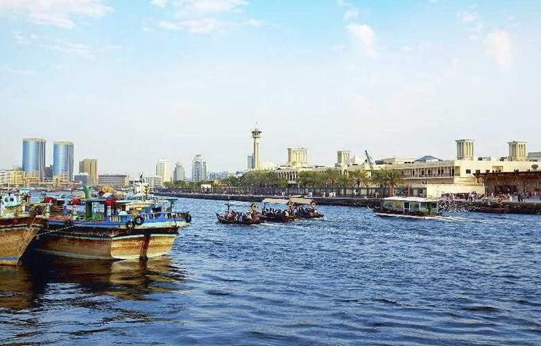 Four Points by Sheraton Sheikh Zayed Road - Hotel - 13