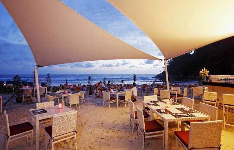 Centara Grand Beach Resort Phuket - Restaurant - 45
