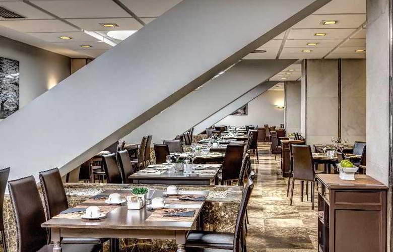 Meliá Lebreros - Restaurant - 39