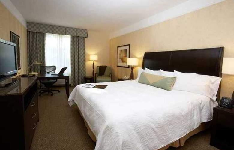 Hilton Garden Inn Raleigh Triangle Town Center - Hotel - 1