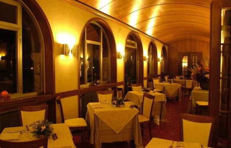 Del Lago - Restaurant - 6
