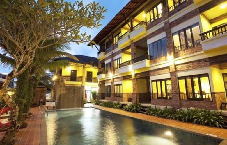 Motive Cottage Resort - Pool - 13