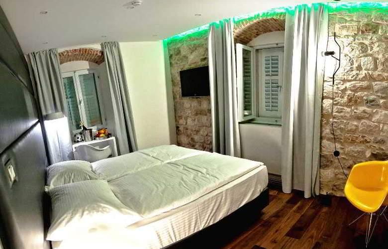 Jupiter Luxury Hotel - Room - 21