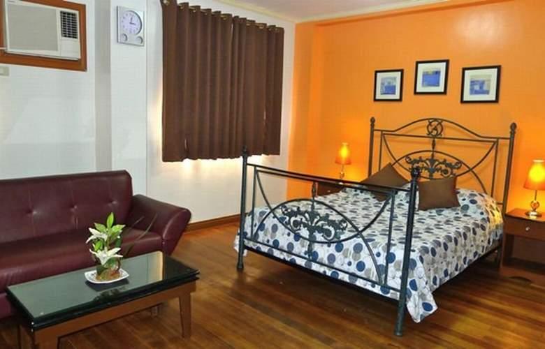 1775 Adriatico Suites - Room - 2