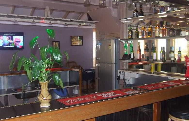 Angels Resort - Bar - 17