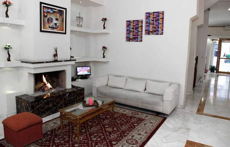Alexiou hotel - Bar - 19