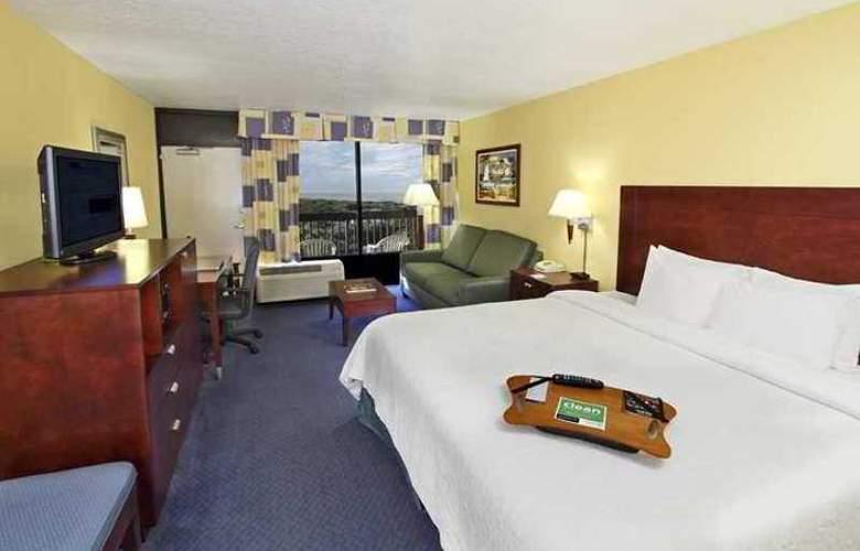 Hampton Inn Cocoa Beach - Hotel - 3