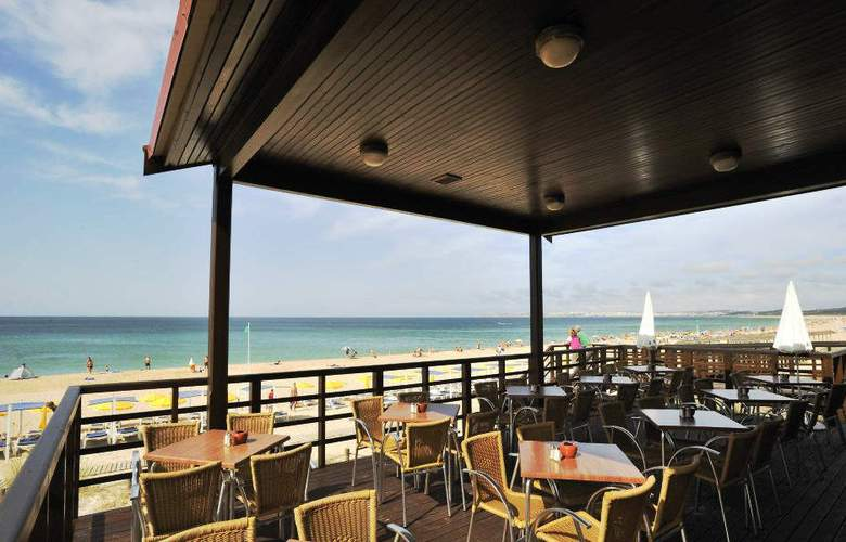 Pestana Dom Joao II Beach & Golf Resort - Terrace - 9