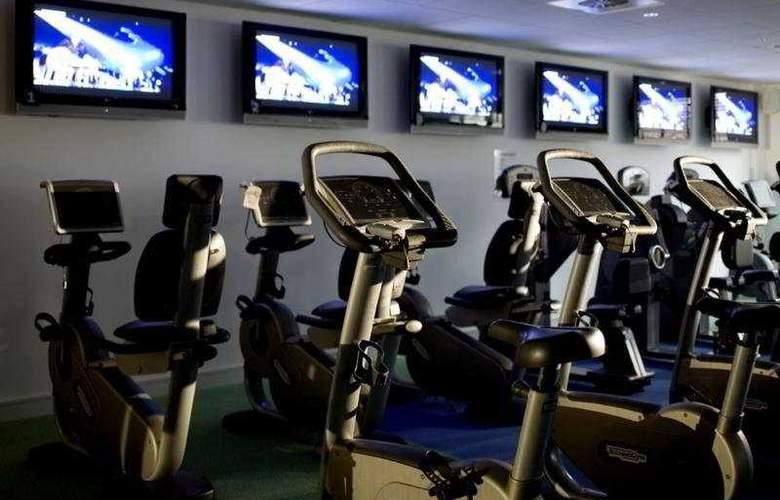 Village Wirral - Hotel & Leisure Club - Sport - 6